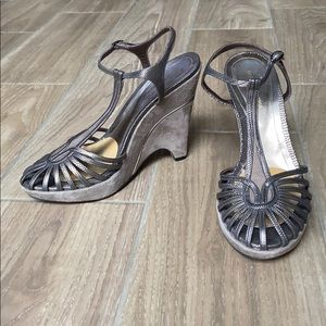 BCBG MAX AZRIA Made in Italy Wedges